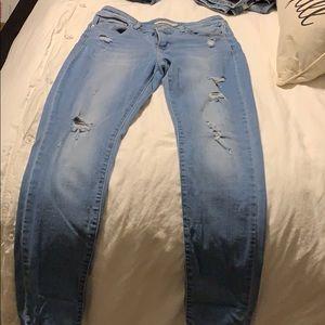 Levi's 711 skinny distressed jean